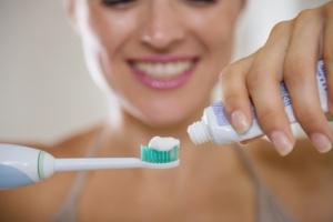 Wie lange mit einer elektrischen Zahnbürste putzen