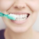 Diese Fehler sollten Sie beim Zähne putzen vermeiden