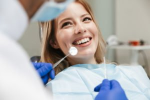 Zahnarzt-Vorsorgeuntersuchungen während Corona wahrnehmen?